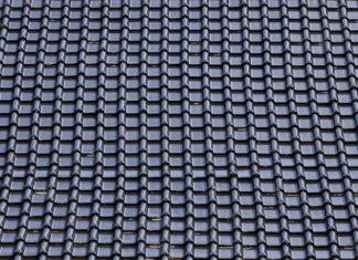 Jak wybrać odpowiednią firmę do budowy dachu w Warszawie