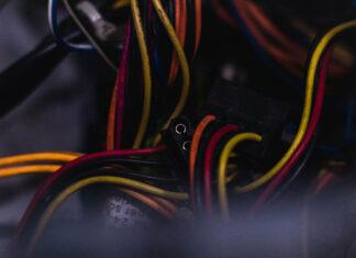 Gdzie najlepiej kupić materiały elektryczne i skorzystać z usług